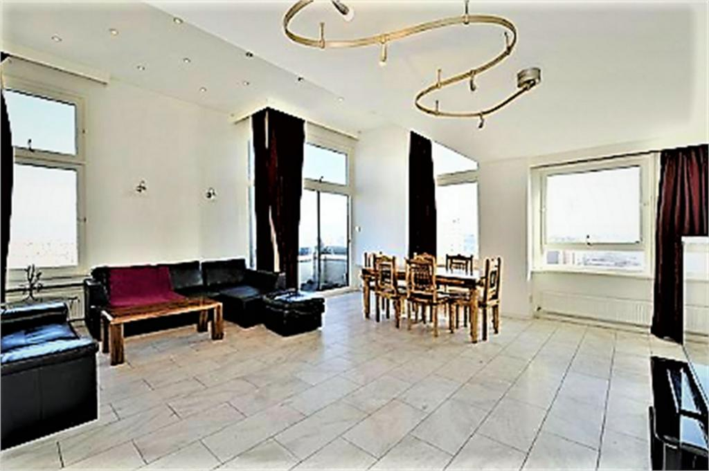 2 Bedrooms Apartment Flat for sale in Water Gardens, Norfolk Crescent, London