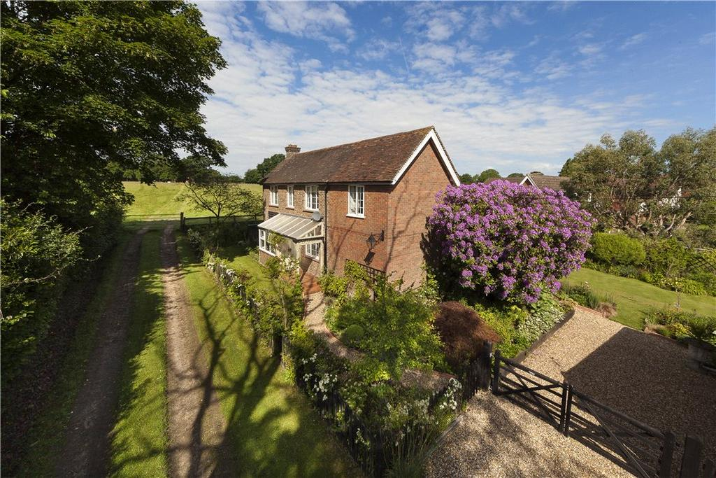 3 Bedrooms Detached House for sale in Pond Copse Lane, Loxwood, Billingshurst, West Sussex, RH14