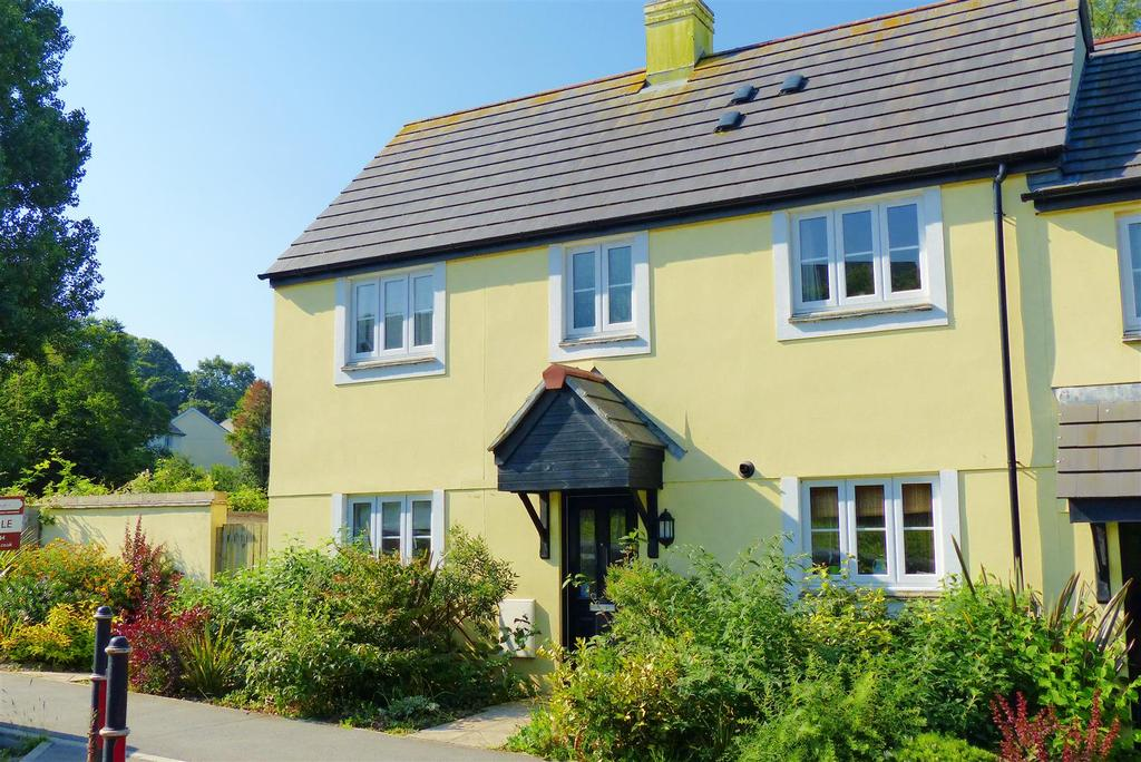 3 Bedrooms End Of Terrace House for sale in Tinney Drive, Truro