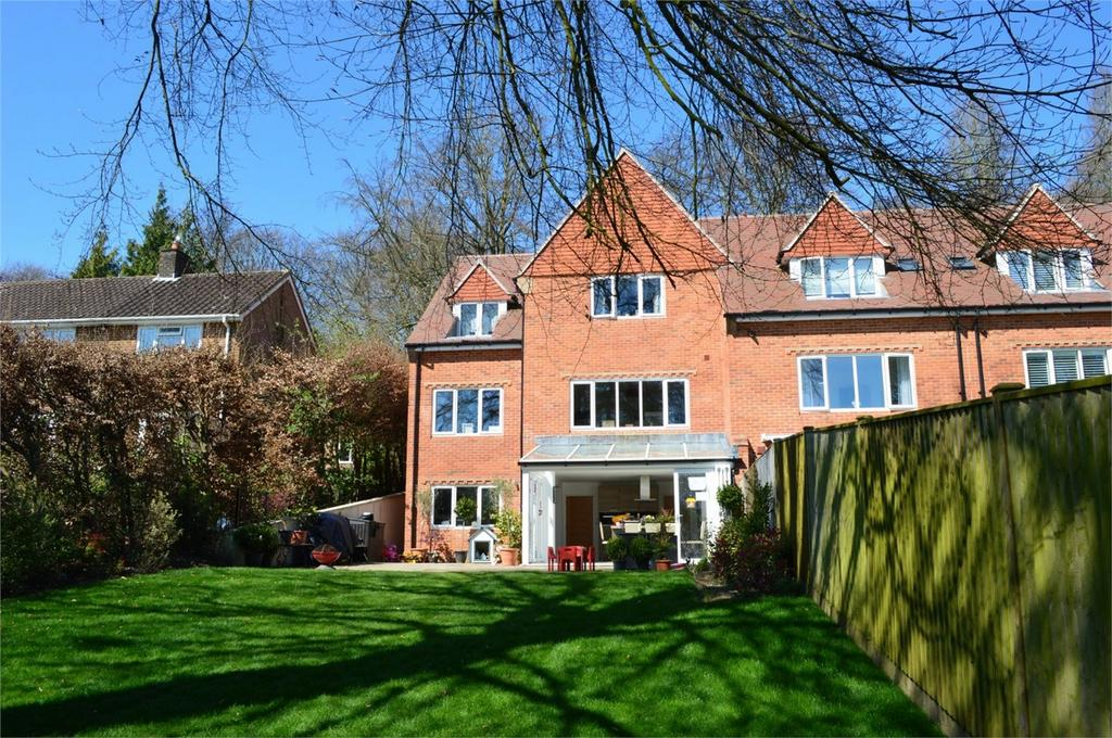 5 Bedrooms Semi Detached House for sale in Winchester, Hampshire
