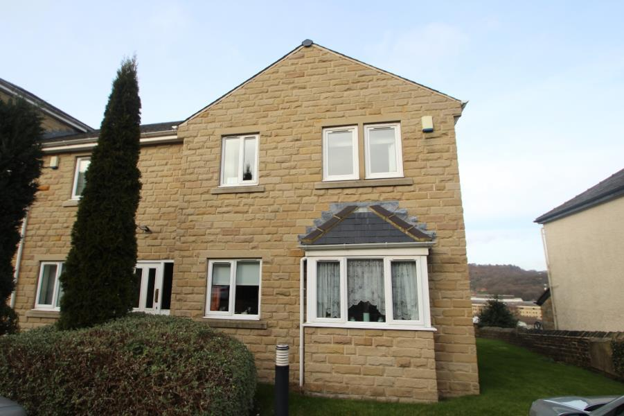 2 Bedrooms Flat for sale in MILL VIEW, SHIPLEY, BD18 3LG