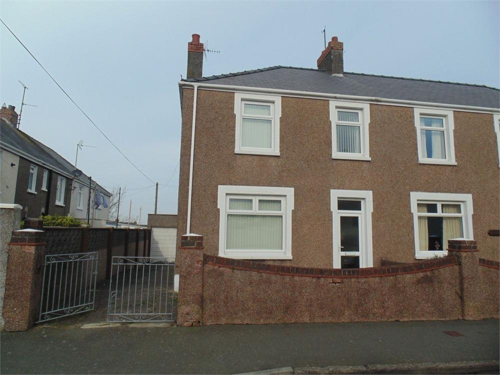 3 Bedrooms End Of Terrace House for sale in Imogen Place, Milford Haven, Pembrokeshire