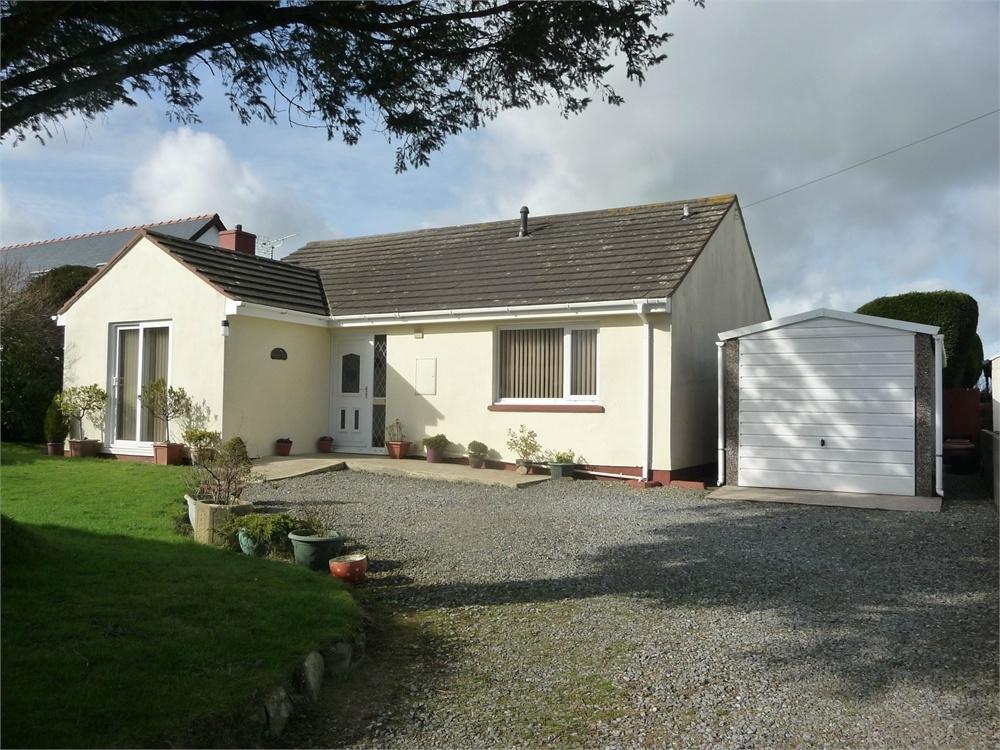 3 Bedrooms Detached Bungalow for sale in Golaur Ser, Hayscastle Cross, Haverfordwest,, Pembrokeshire