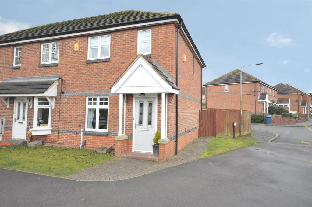 2 Bedrooms Semi Detached House for sale in Nightingale Way, Bingham, Nottingham