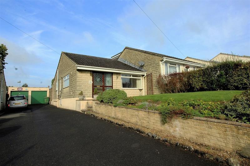 2 Bedrooms Semi Detached Bungalow for sale in Mendip Vale, Coleford, Radstock