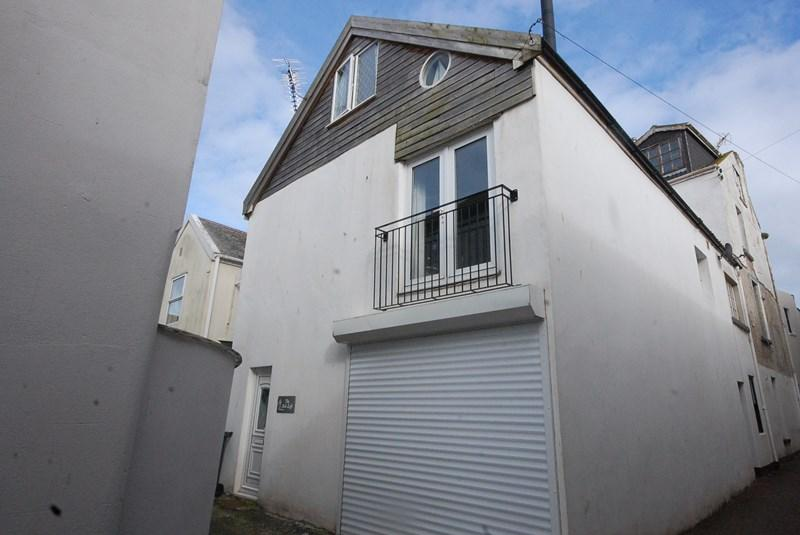 1 Bedroom Detached House for sale in Osmonds Lane, Teignmouth