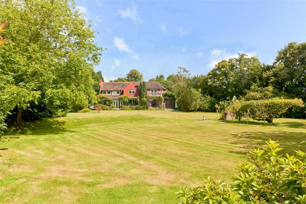 5 Bedrooms Detached House for sale in Batts Bridge Road, Piltdown, Nr. Uckfield, East Sussex