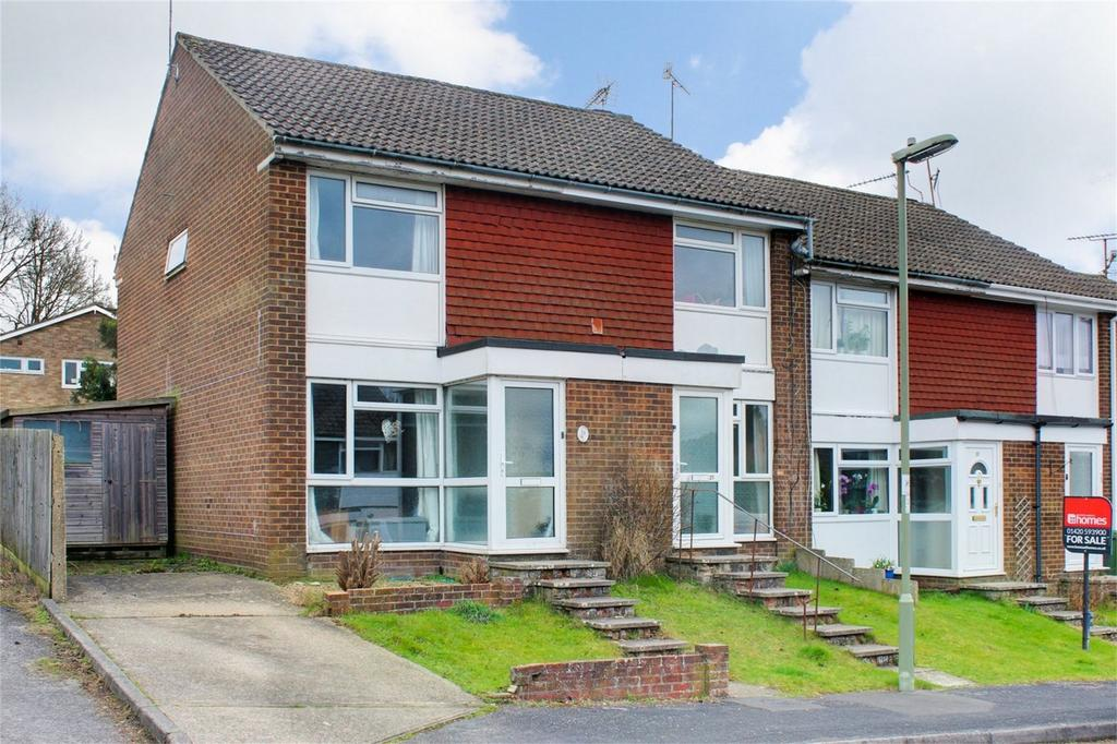 2 Bedrooms End Of Terrace House for sale in 19 Brandon Close, ALTON, Hampshire