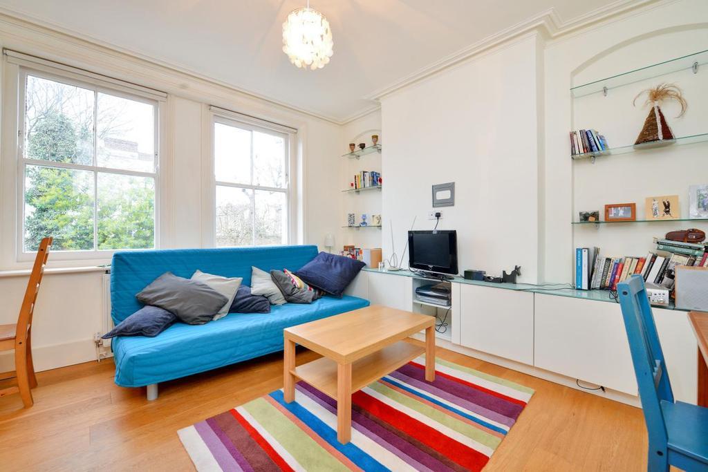 1 Bedroom Flat for sale in Elmbourne Road, Balham, SW17
