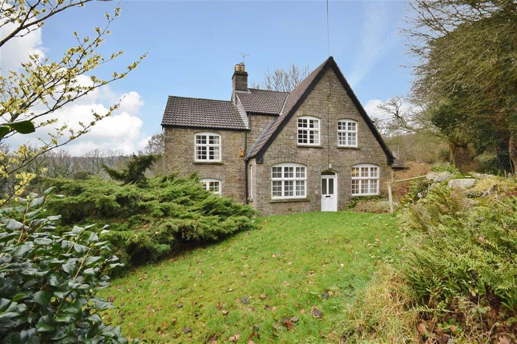 4 Bedrooms Detached House for sale in Chepstow, Gloucestershire