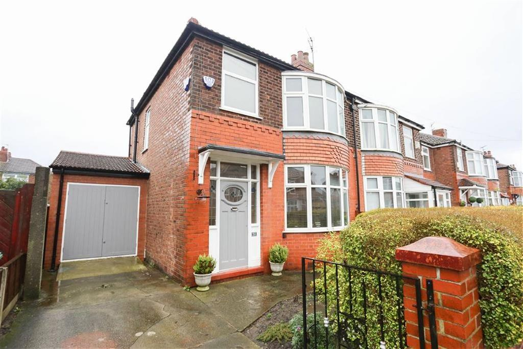 3 Bedrooms Semi Detached House for sale in Fairholme Road, Heaton Norris