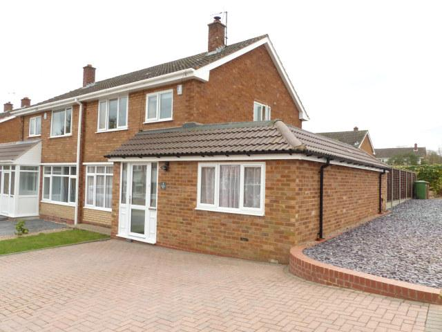 3 Bedrooms Semi Detached House for sale in Amberley Way,Streetly,Sutton Coldfield