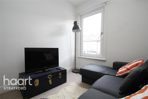 3 bedroom flat to rent - Chesterton Terrace, Plaistow, E13