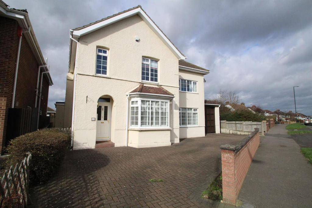 4 Bedrooms Detached House for sale in Brompton Farm Road, Strood