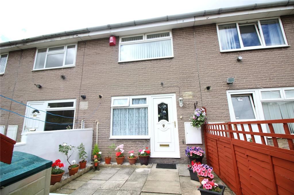 2 Bedrooms Terraced House for sale in Spinkwell Close, Bradford, West Yorkshire, BD3