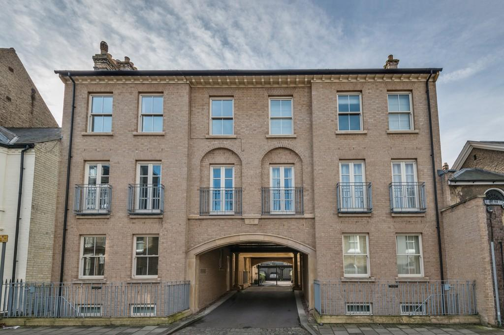 3 Bedrooms Apartment Flat for sale in Victoria Street, Cambridge