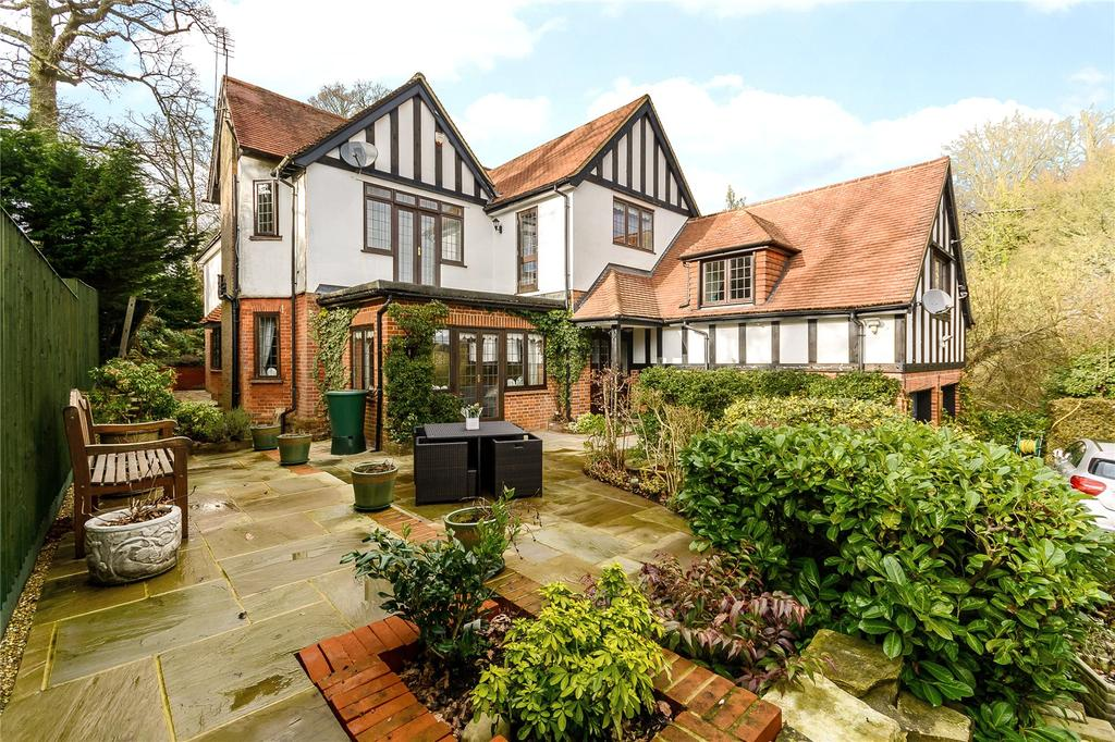 6 Bedrooms Detached House for sale in Mill Lane, Gerrards Cross, Buckinghamshire