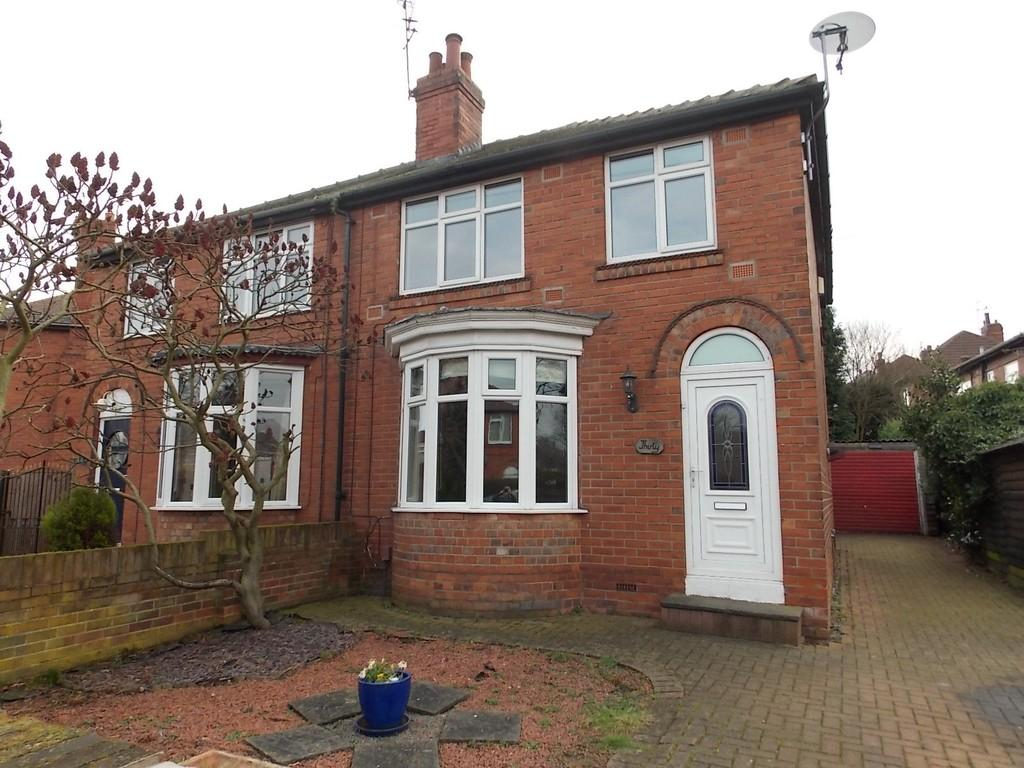 3 Bedrooms Semi Detached House for sale in Grove Vale, Wheatley Hills