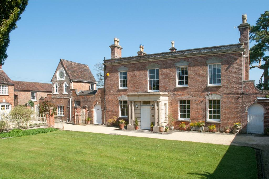 5 Bedrooms Detached House for sale in Crowgate Lane, Westbury-on-Severn, Gloucestershire