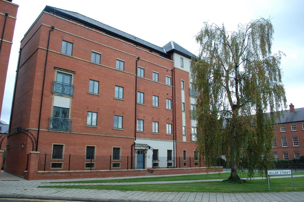 2 Bedrooms Apartment Flat for sale in Seller Street, Chester