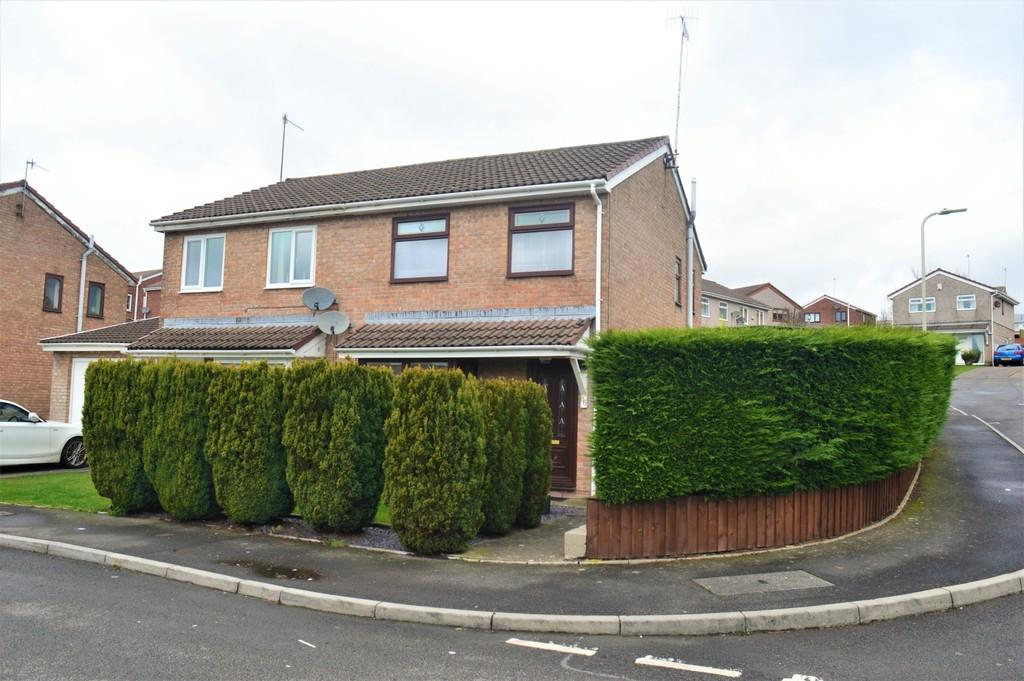 3 Bedrooms Semi Detached House for sale in Heol Tasker, Trafalgar Park, Nelson