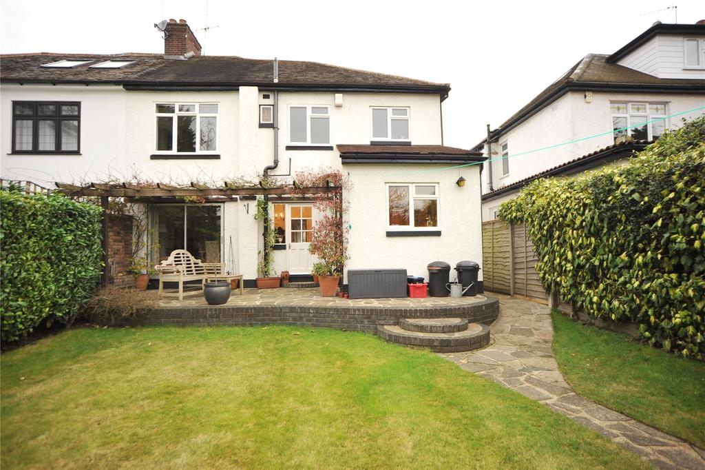 4 Bedrooms Semi Detached House for sale in Friars Avenue, Shenfield, Brentwood, Essex, CM15