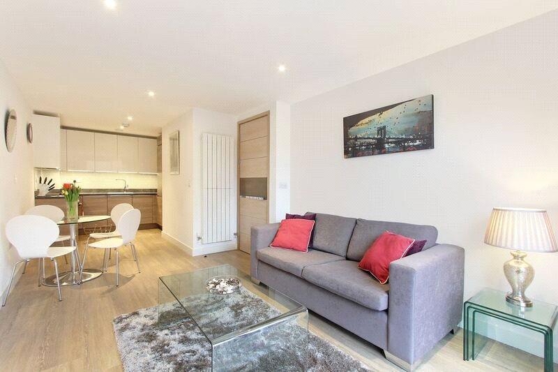 1 Bedroom Flat for sale in Cadmus Court, Seafarer Way, London, SE16