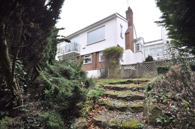 4 Bedrooms Detached House for sale in Oakfield Lane, Wilmington