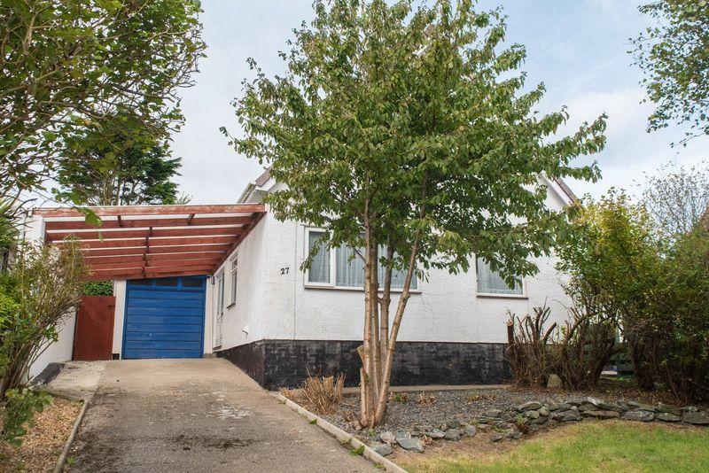 3 Bedrooms Detached House for sale in Lon Gardener, Valley