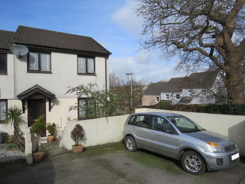 3 Bedrooms End Of Terrace House for sale in Penair View, Truro