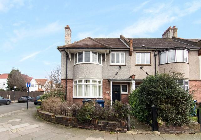3 Bedrooms End Of Terrace House for sale in Balfour Road, Acton