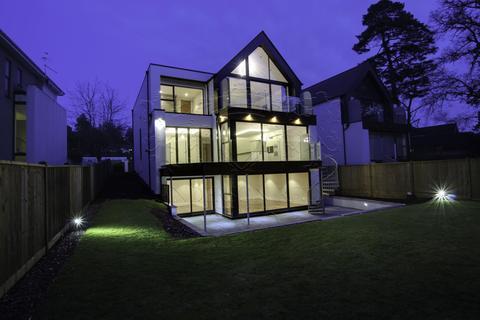 4 bedroom detached house for sale - 27 Lakeside Road, Branksome Park, Poole, Dorset