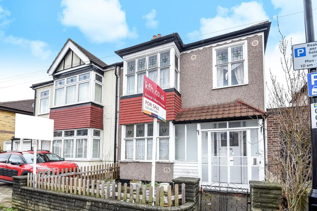 3 Bedrooms Semi Detached House for sale in Holme Lacey Road, Lee, SE12