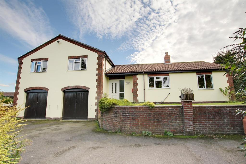 4 Bedrooms Detached House for sale in Main Road, Welton-Le-Marsh