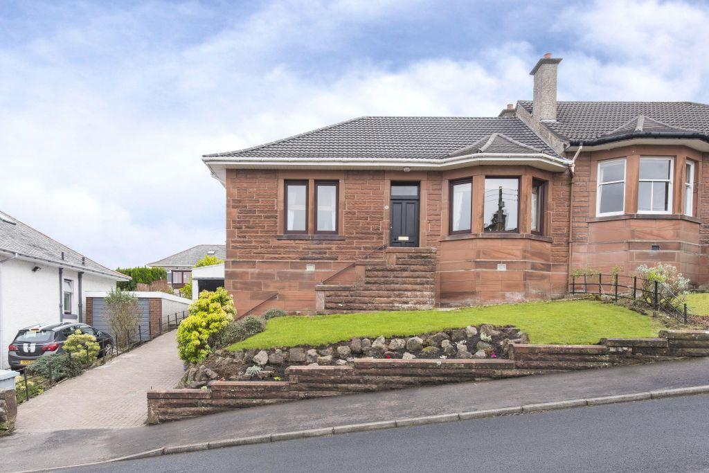 2 Bedrooms Semi Detached Bungalow for sale in 13 Snaefell Avenue, Burnside, Glasgow, G73 5DF