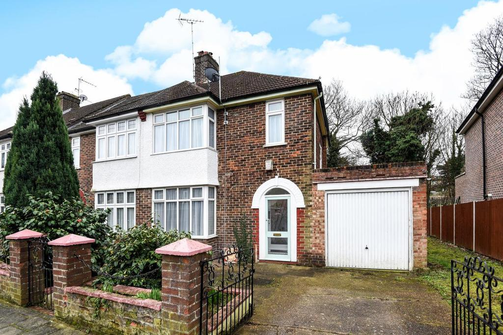 3 Bedrooms End Of Terrace House for sale in South Park Crescent, Catford