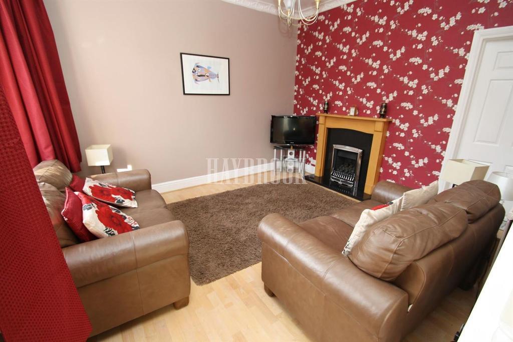 3 Bedrooms Semi Detached House for sale in Houstead Road, Handsworth, S9