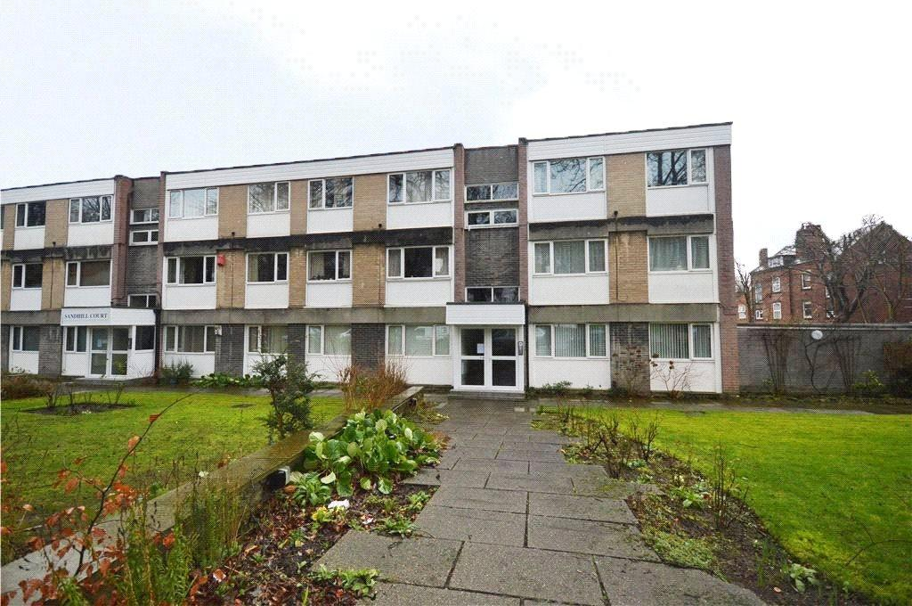 2 Bedrooms Apartment Flat for sale in Sandhill Court, Leeds, West Yorkshire