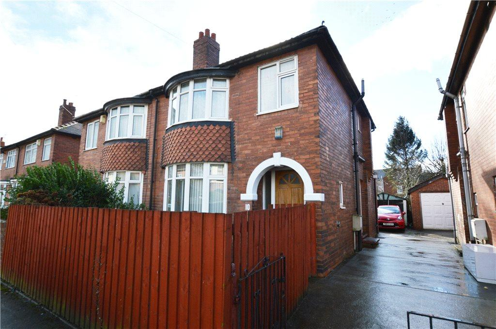 3 Bedrooms Semi Detached House for sale in St. Marks Street, Wakefield, West Yorkshire