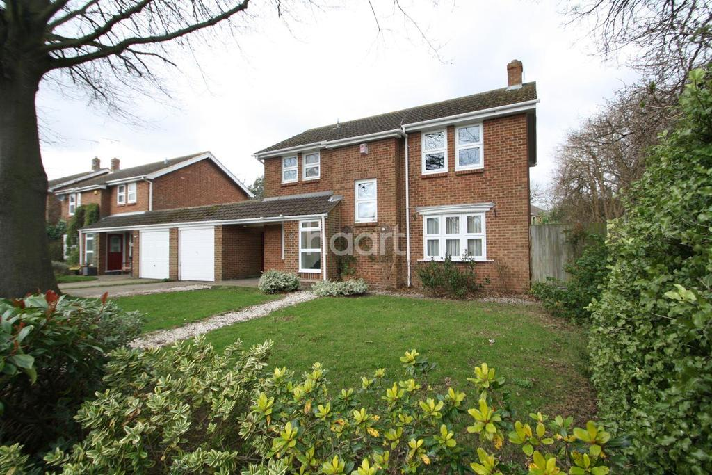 4 Bedrooms Detached House for sale in Park Avenue, Broadstairs, CT10