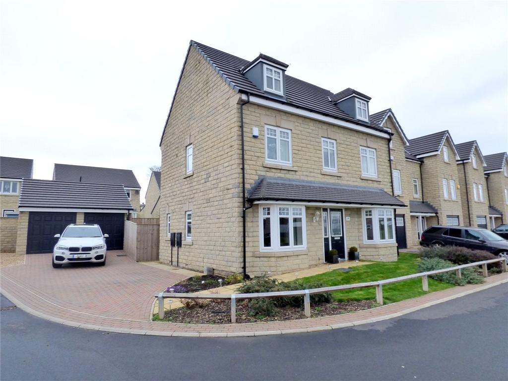 5 Bedrooms Detached House for sale in Miry Lane, Liversedge, WF15