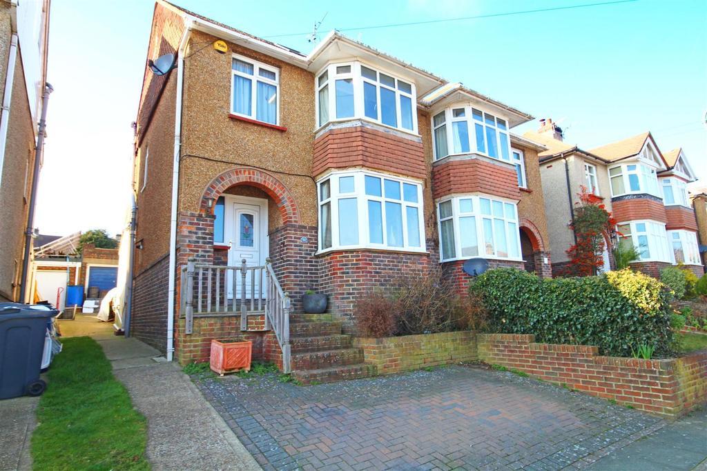 4 Bedrooms Semi Detached House for sale in Sharpthorne Crescent, Portslade, Brighton