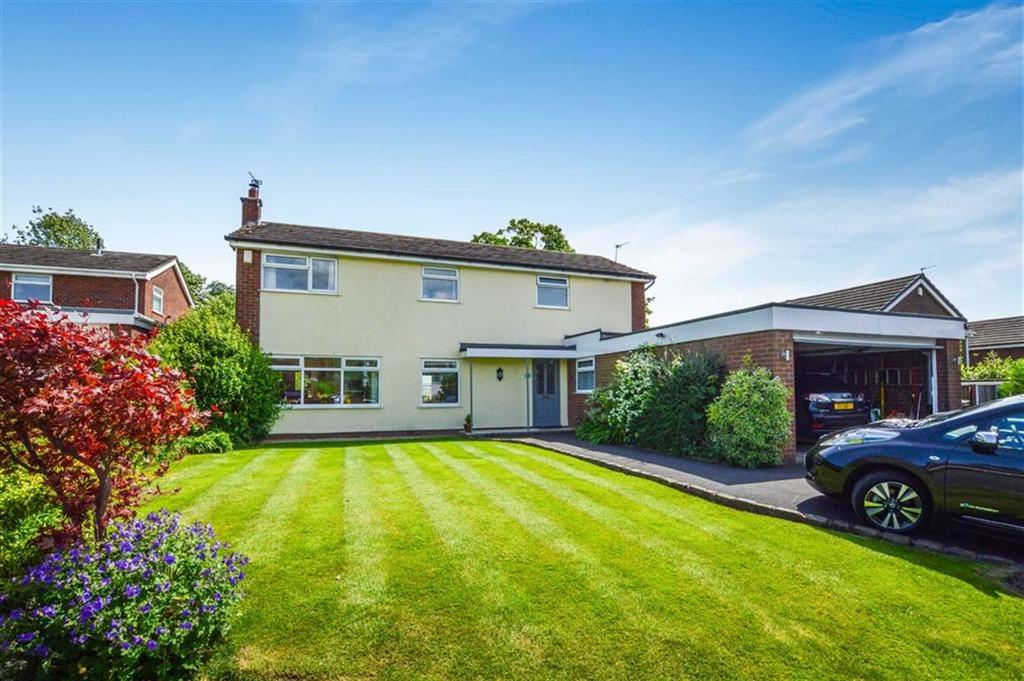 4 Bedrooms Detached House for sale in Fernlea, Hale, Cheshire, WA15