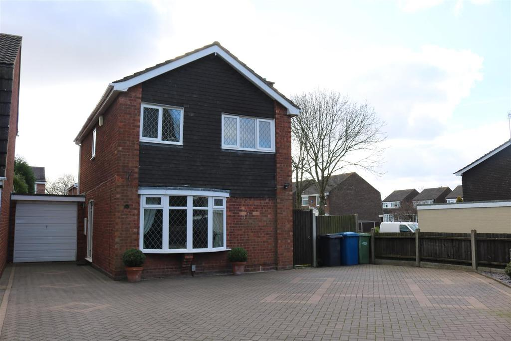 3 Bedrooms Detached House for sale in Grayling, Dosthill, Tamworth