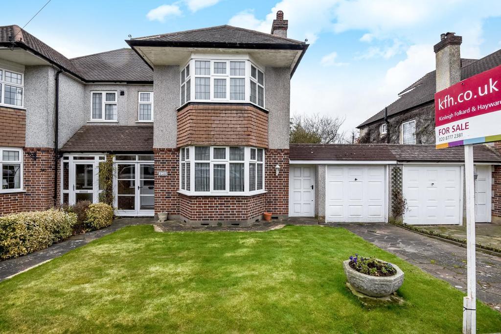 3 Bedrooms Semi Detached House for sale in Pickhurst Lane, West Wickham, BR4