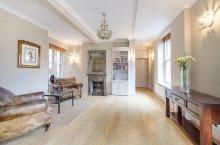 4 Bedrooms Flat for sale in Ashburnham Road, West Chelsea, London, SW10