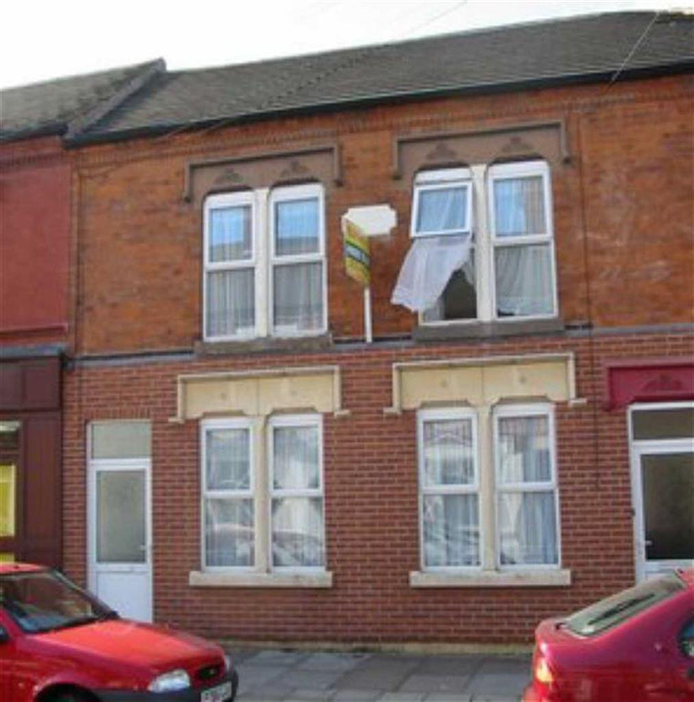 2 Bedrooms Terraced House for sale in Wordsworth Road, Leicester, LE2
