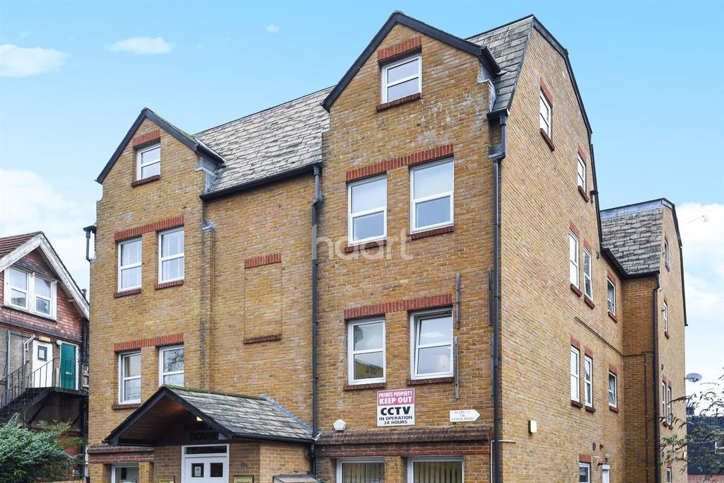 1 Bedroom Flat for sale in Cedar Road Sutton