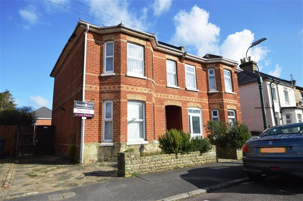 2 Bedrooms Flat for sale in Parker Road, Bournemouth, Dorset, BH9