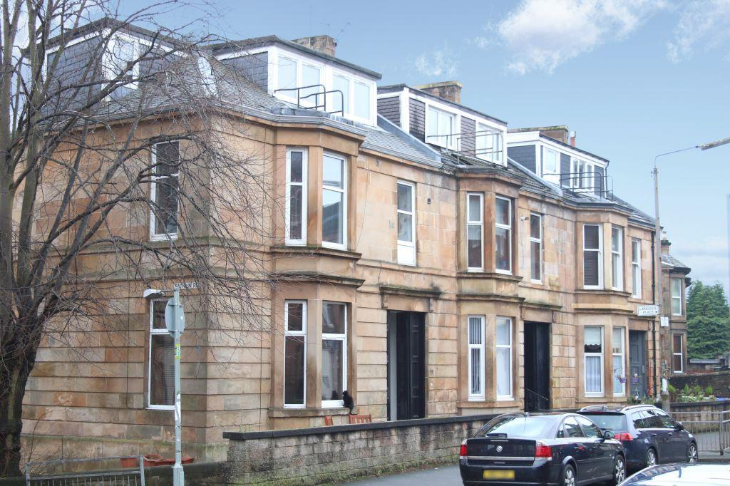 1 Bedroom Flat for sale in Flat 2, 43 Millbrae Road, Langside, Glasgow, G42 9UF